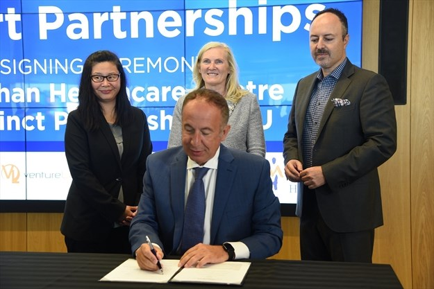 Vaughan Mayor and other partners sign MOU