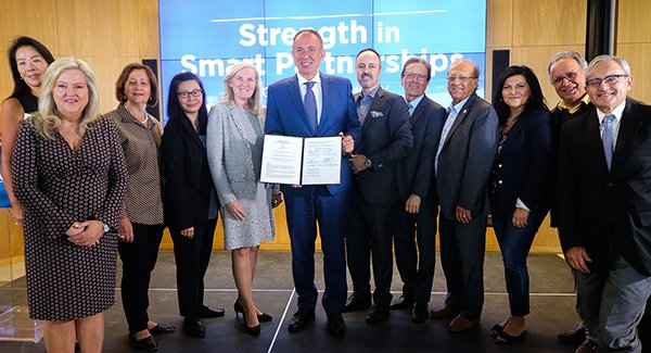 Ceremonial MOU signing in Vaughan
