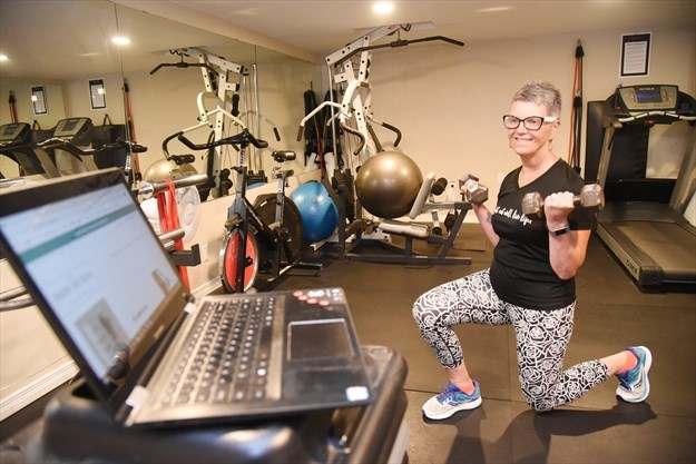 EG Personal Trainer Takes Classes Online
